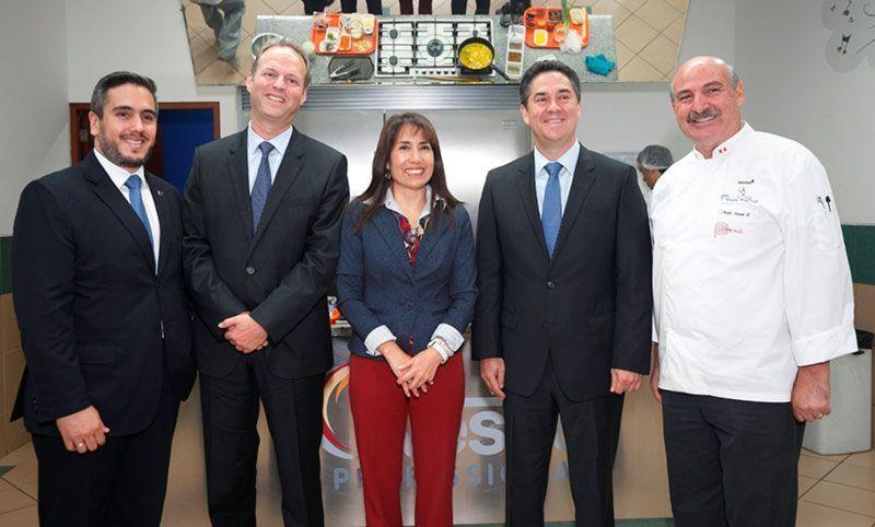 CENFOTUR y Nestlé Professional Perú