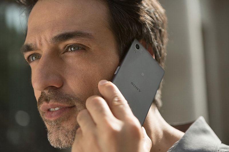 ¿Qué valora más un ejecutivo al elegir un smartphone?