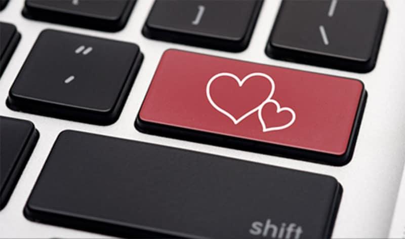 Los dueños de Mac son más propensos a buscar pareja