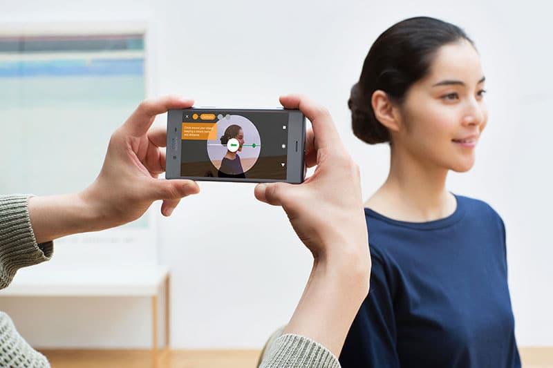 Xperia y Facebook traen el 3D a la vida diaria