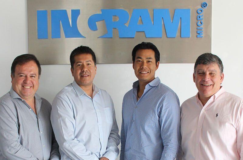 Accvent LLC e Ingram Micro firman acuerdo de distribución