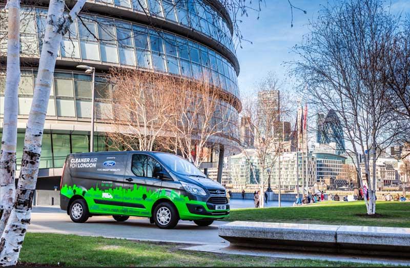 Ford amplía las pruebas de Transit híbrida enchufable a España
