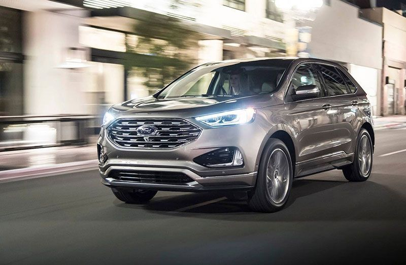 Ford lanza la versión Titanium de New Edge