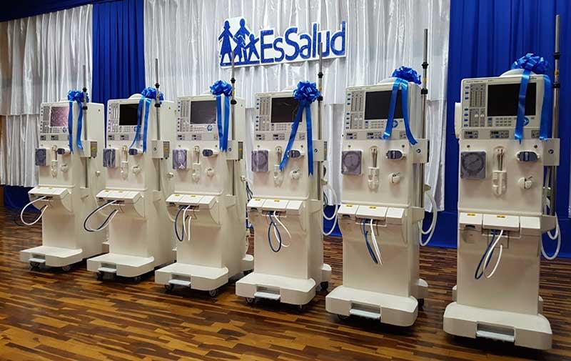 Entregan en Tacna modernos equipos de hemodiálisis