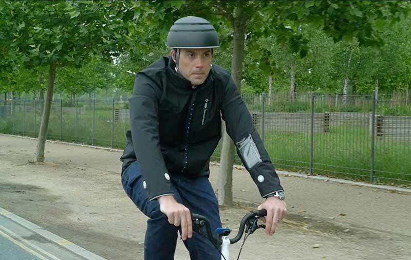 Ford crea casaca inteligente para seguridad de los ciclistas