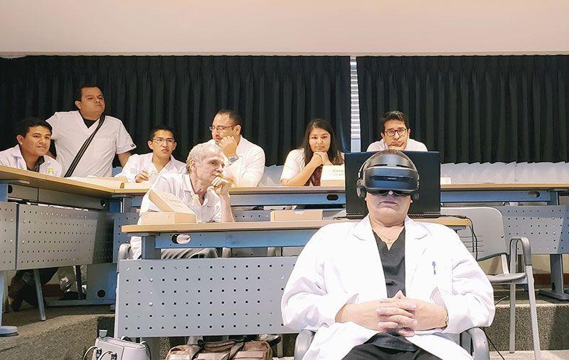 Llevan la realidad virtual a tratamientos oncológicos