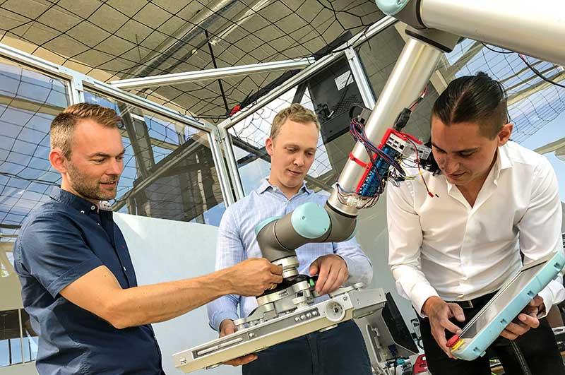 OnRobot líder danés en robótica adquiere a Purple Robotics