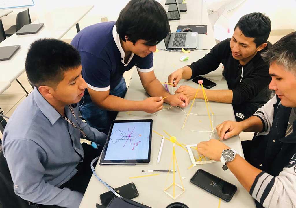 CodiGo propuesta educativa que desarrolla el talento digital de los peruanos