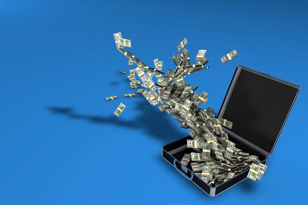 4 consejos para comprar dólares más baratos que en el banco