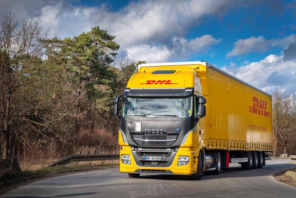 DHL Freight pilota el primer camión GNL