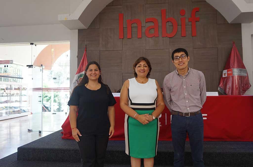 Jóvenes del INABIF adquieren habilidades TIC