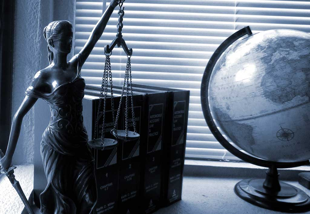 Reconocen buenas prácticas del área legal de Schneider Electric Perú