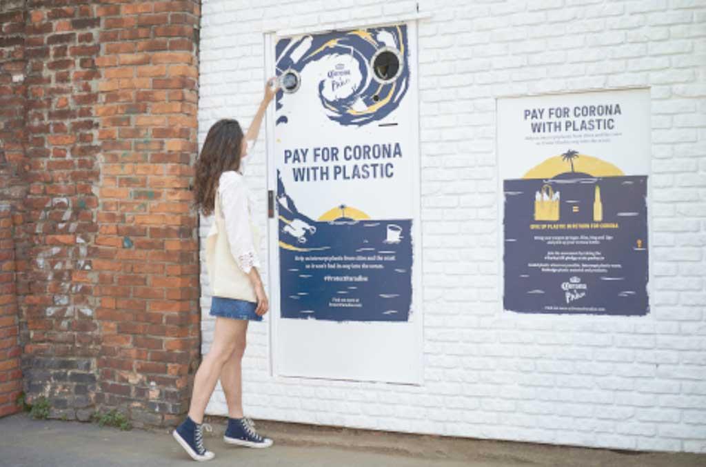 Corona intercambia ventas por plástico