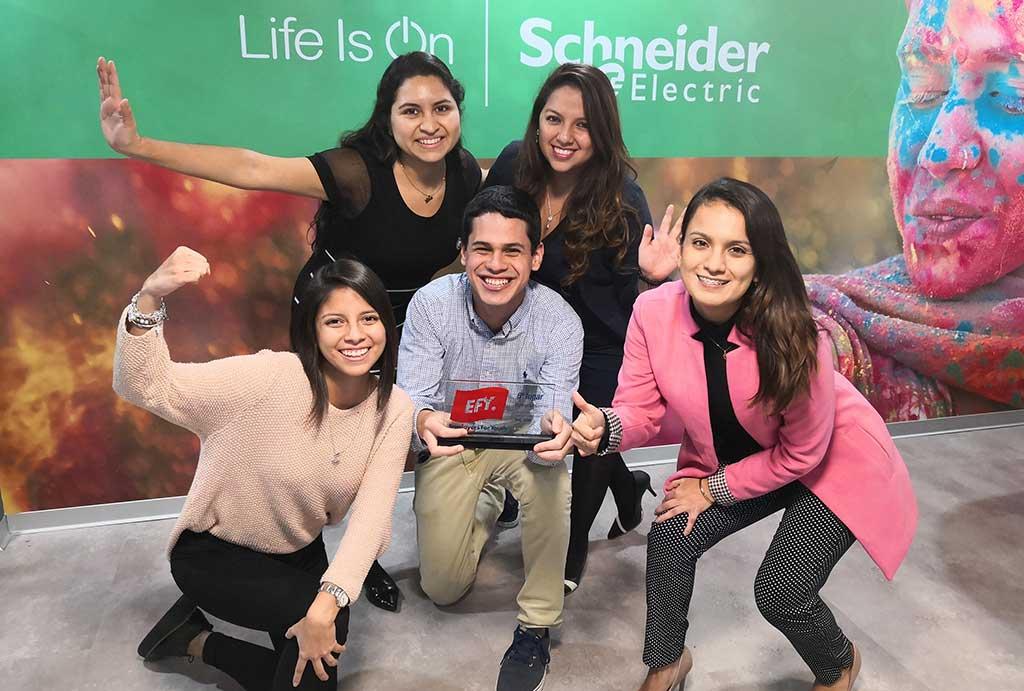 Schneider Electric reconocida como una de las mejores empresas para jóvenes profesionales en Perú