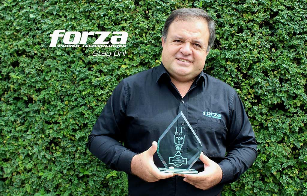 Entrevista a Javier Becerra de Forza