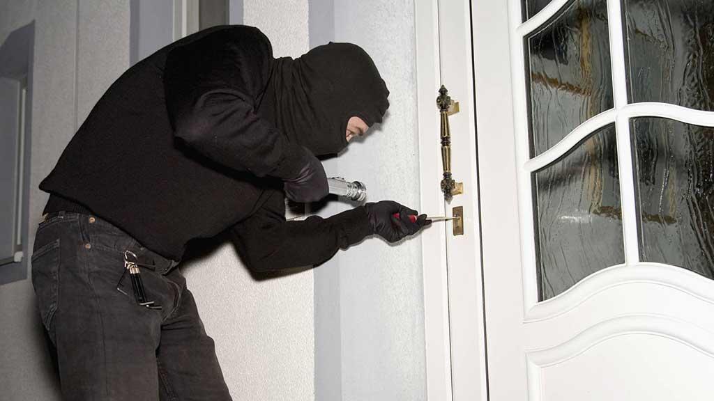 Cómo cuidar tu vivienda de los robos