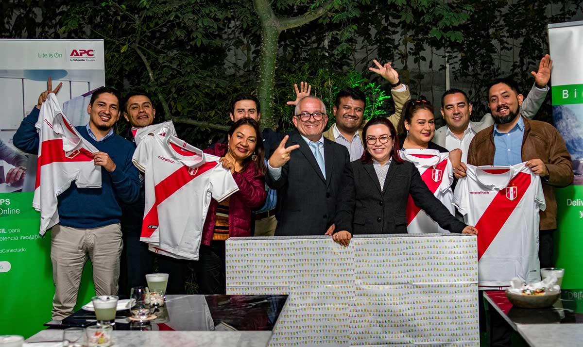 Exitosa campaña Copa APC by Schneider Electric