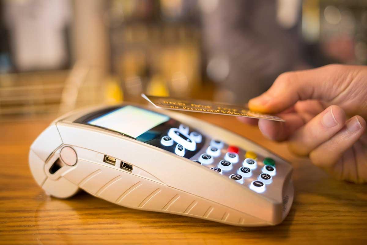 Mastercard recomienda utilizar tecnologías de pago sin contacto y billeteras digitales