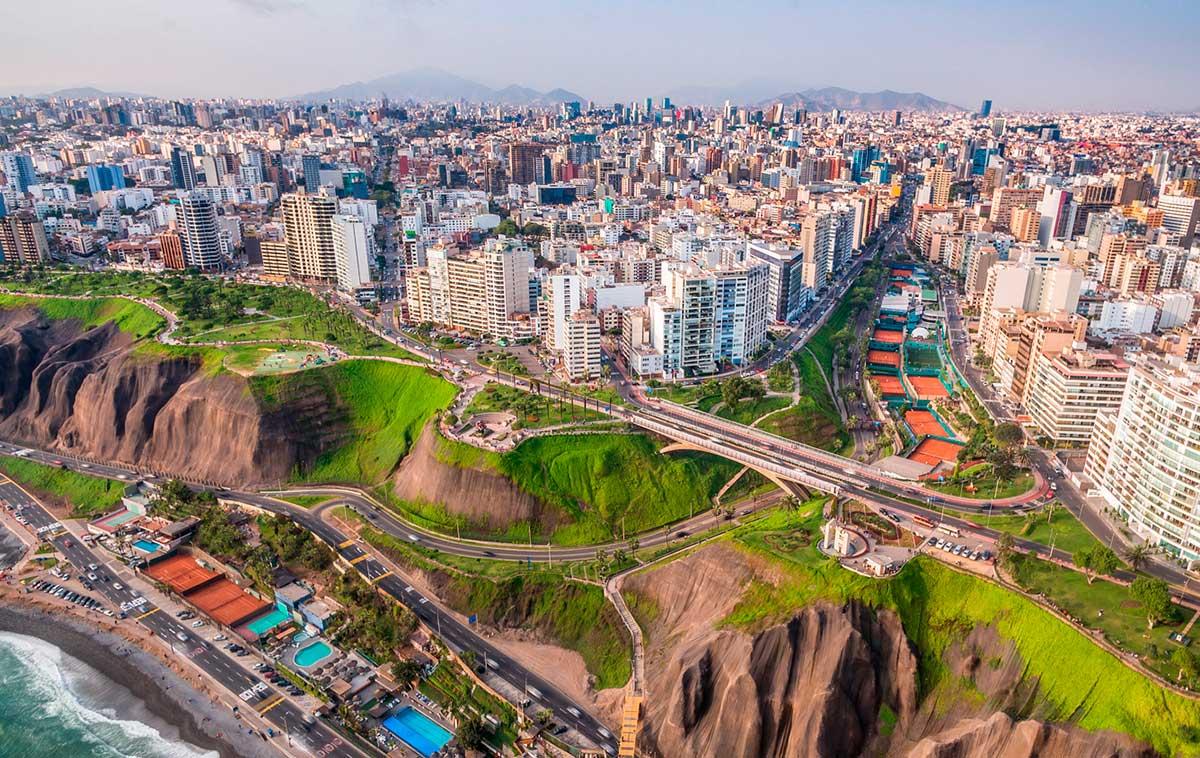 Alumnos de UTEC compiten por implementar soluciones tecnológicas a los problemas de Lima