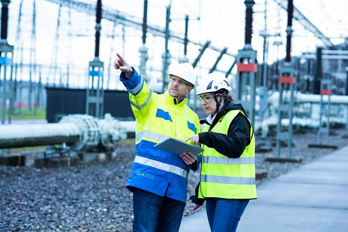 Hitachi ABB Power Grids lanza solución digital RelCare