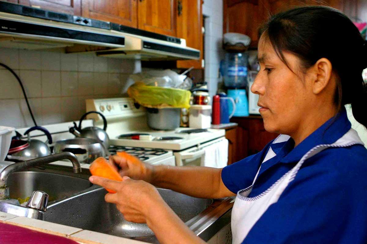Ley de Trabajadoras del Hogar es un avance hacia una sociedad igualitaria