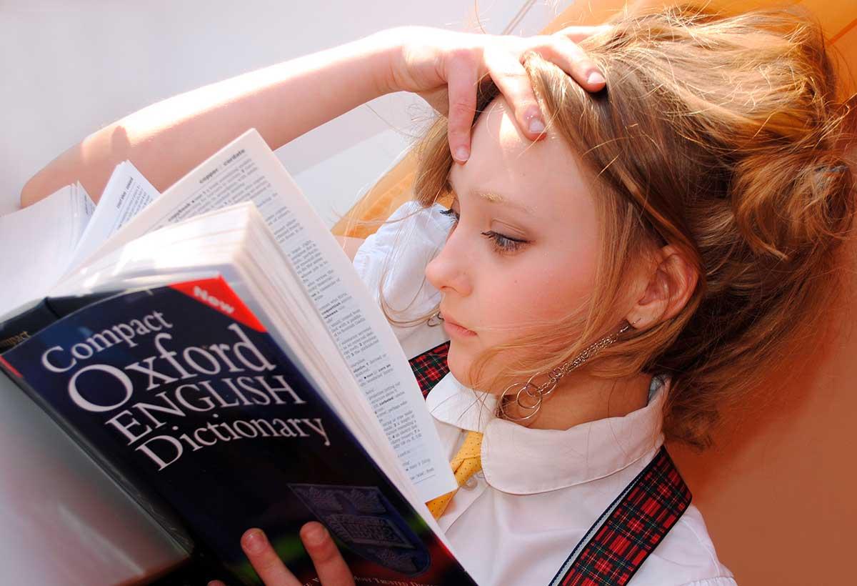 Mondly se asocia con Oxford University Press para presentar módulo de aprendizaje de inglés