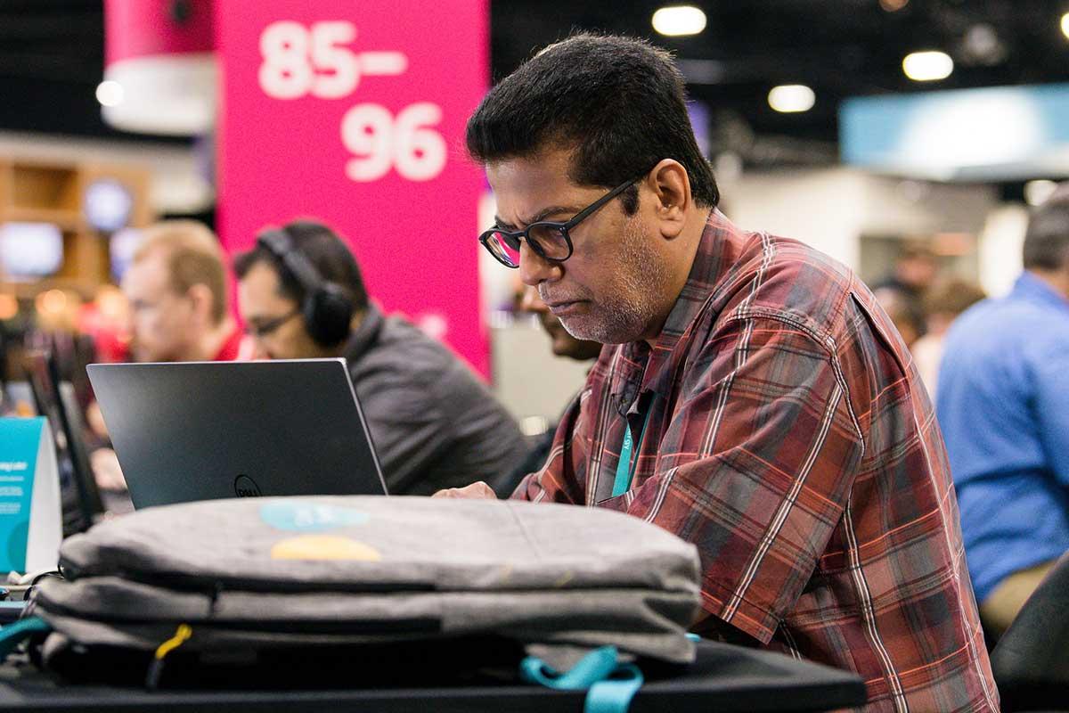 Prepárese para el futuro del trabajo viendo las conferencias virtuales de Citrix