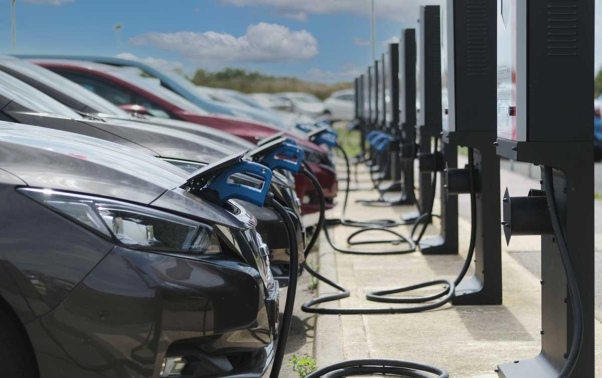 Resaltan en Inglaterra el ahorro de emisiones y las ventajas de la tecnología Nissan Vehicle-to-Grid